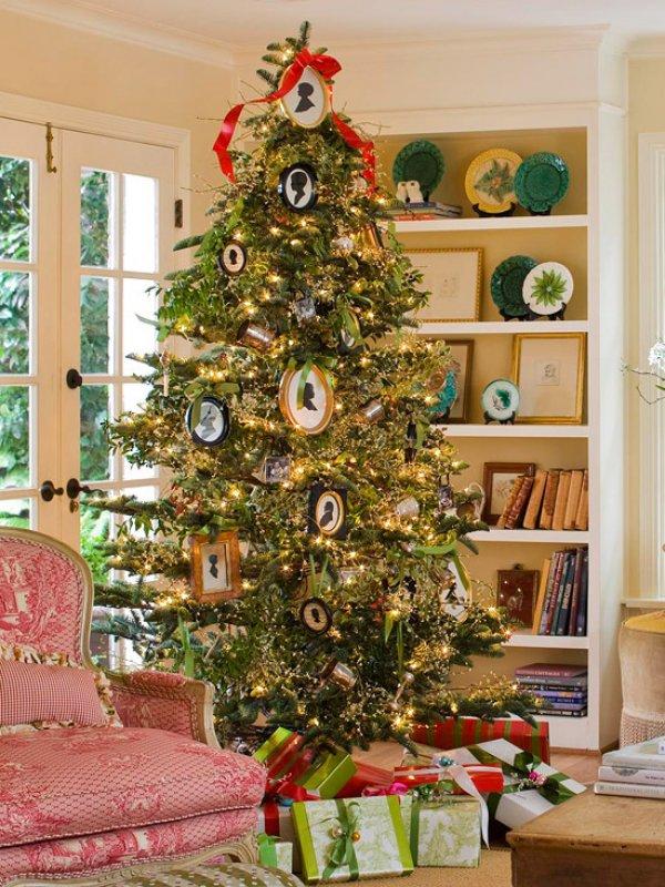фото на елке украшения